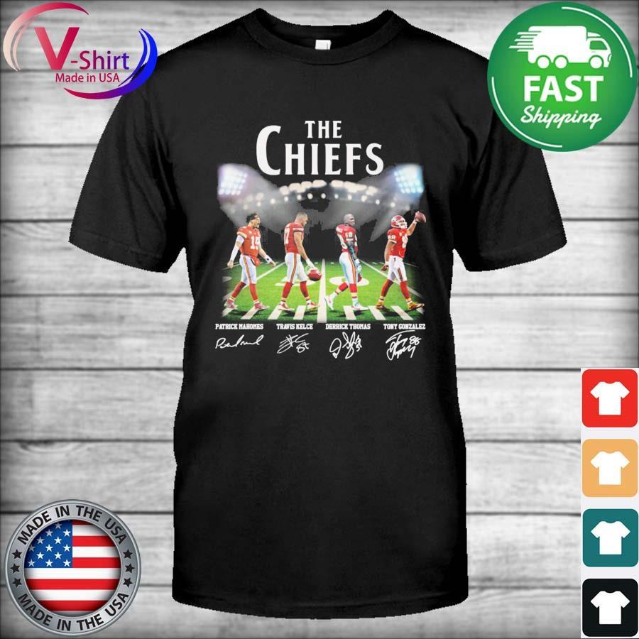 The Chiefs Patrick Mahomes Travis Kelce Derrick Thomas Tony Gonzalez abbey road signatures shirt